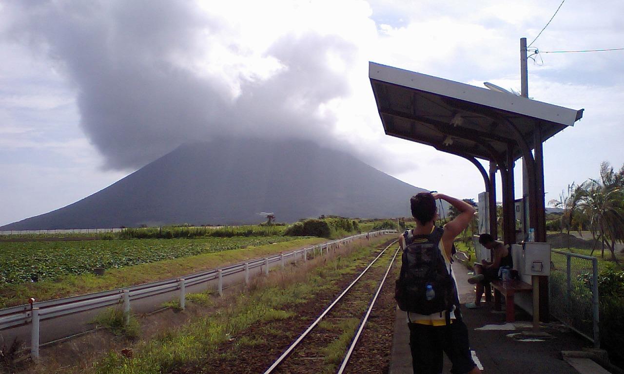 HI3A0170開聞岳と西大山駅