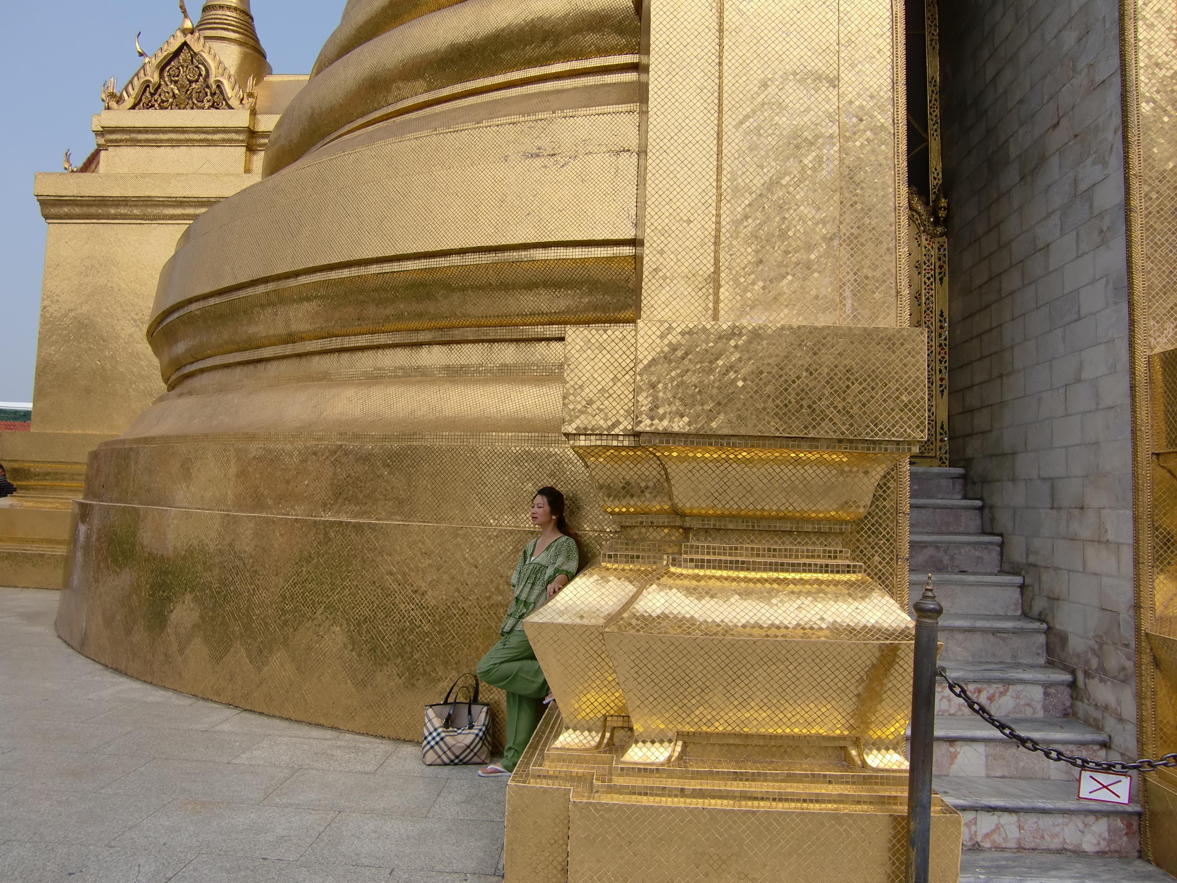CIMG0048 王宮 pagoda gold gilded