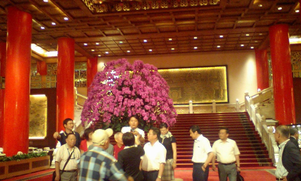 HI3A0119玄関と花
