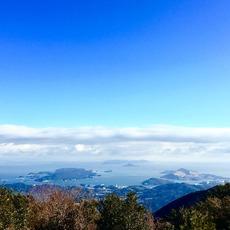 朝熊岳山頂から