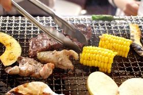 BBQや花火大会……いつもと違う「外飲み」でキュン!