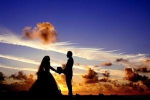 女からプロポーズして幸せになった6つのパターン