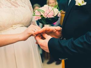 結婚する理由やきっかけがない今、子どもを授かることも一つの縁?