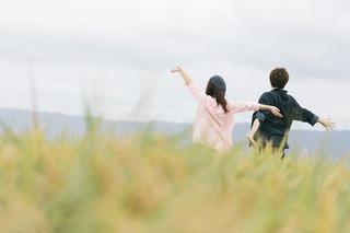 思わず結婚したくなる女性の特徴、1位は「癒し」