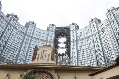 香港・マカオ 978