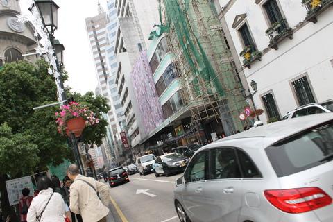 香港・マカオ 709