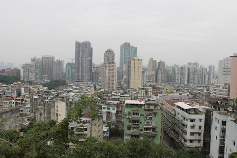 香港・マカオ 665