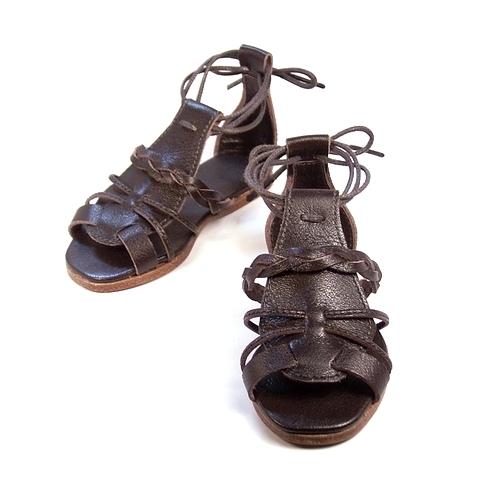 THE・グラディエーターサンダル ― 人形作家様からのオーダーメイド。ドール用のサンダルも靴木型から作ります。