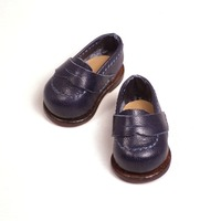 マドレーヌちゃん の 靴 を作りました。(3/3)最終回は笑顔でフィニッシュ!自己最小記録更新のペニーローファー。