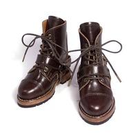 「ワイルドでカッコ良いメンズブーツが欲しいです。」「それではミリタリーブーツをベースにした、リングベルトブーツをお作りしましょう。」 ― SDGr少年用 ドール靴 オーダーメイド。