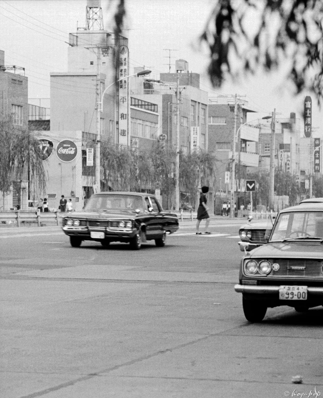 0088-dodgex1280白山通り1968年