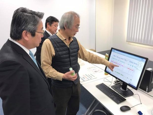 こころの医療センターの土井永史院長から説明を聴取