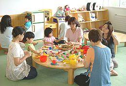 子育て総合支援センター