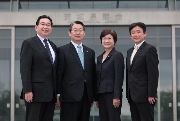 県議選公認発表候補写真