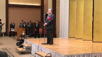 原子力協議会で挨拶する橋本昌知事