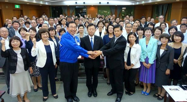 西田参議院予定候補を迎え、意気軒昂に県本部議員総会