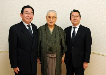 森田実氏とに記念撮影