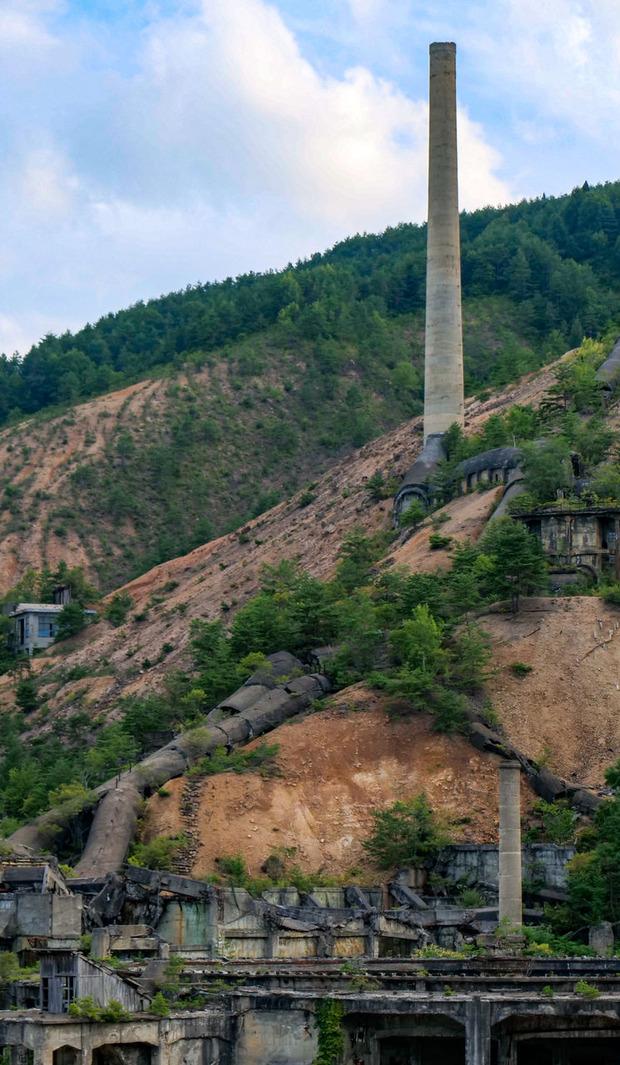 尾去沢鉱山の大煙突