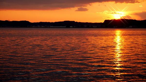北浦に沈む夕陽