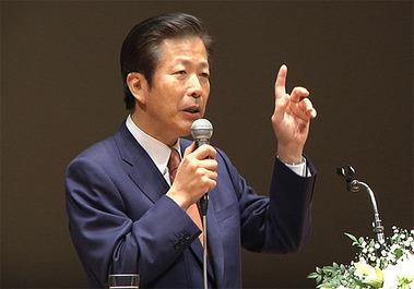 つくば市の時局講演会で講演する山口那津男代表