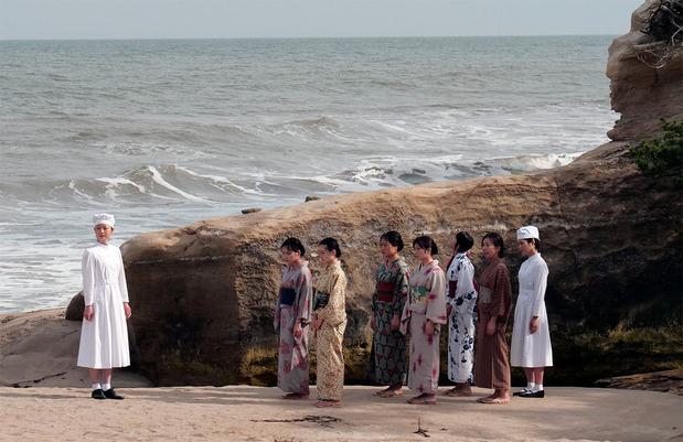 映画「ある町の高い煙突」大田尻海岸ロケ
