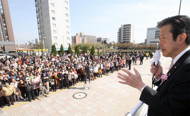 水戸駅南口で街頭演説男行う山口那津男代表