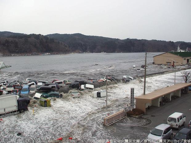 気仙沼市の津波被害の状況(宮城県アーカイブ)