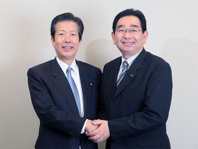 山口那津男代表(左)と井手よしひろ県議