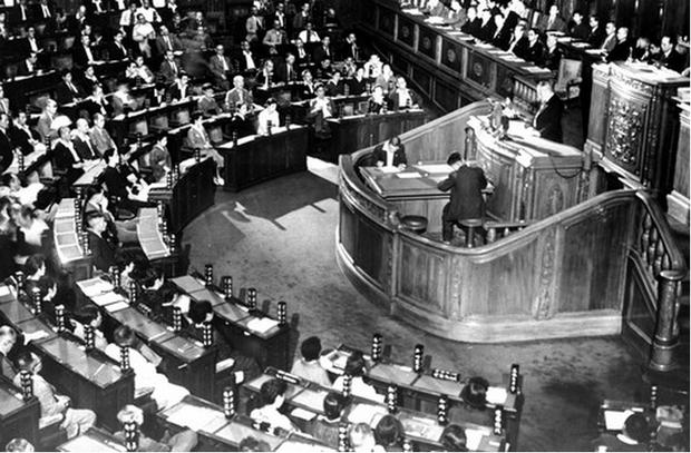 日本国憲法が審議された第90回帝国議会