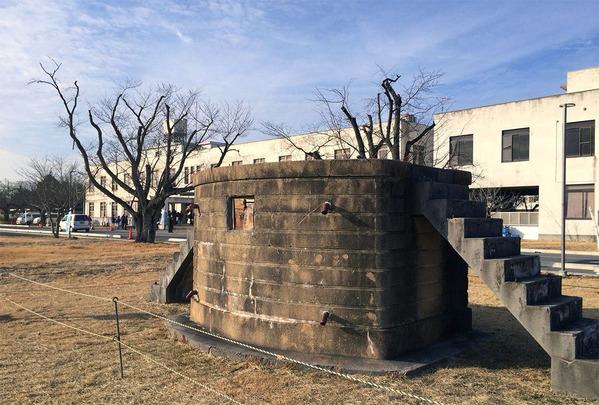 旧筑波海軍航空隊の司令部庁舎と号令台