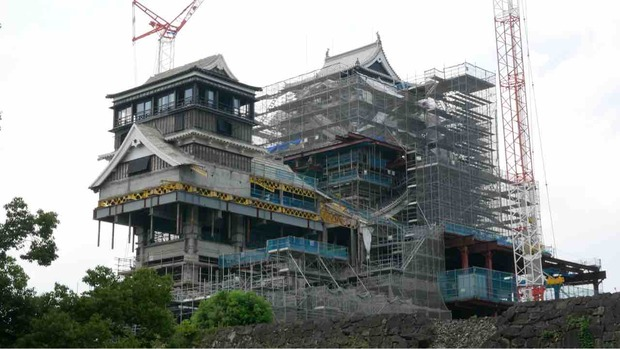 熊本城の本丸の工事