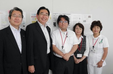 埼玉東病院で中野智紀医師(中央)と