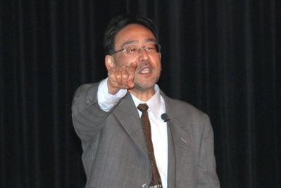 講演する藻谷浩介氏