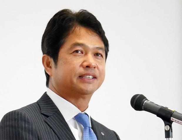 大井川新知事の初登庁