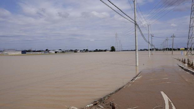 常総市相野谷付近の水没した田んぼ