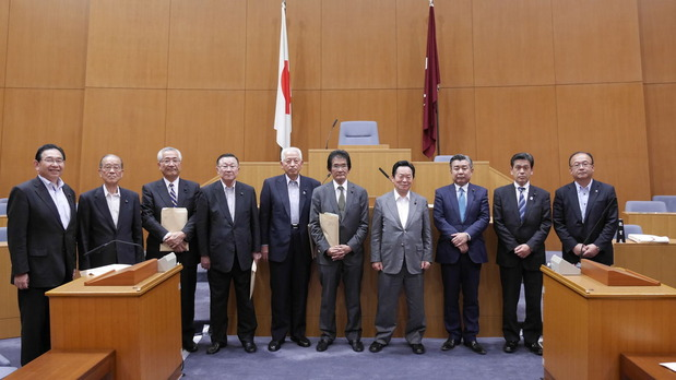 広島県議会を調査