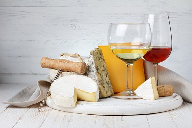 ワインとチーズのイメージ