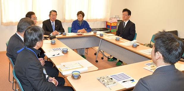 茨城県発達障害者支援センター懸案を視察する県議団