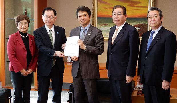 浜田復興副大臣への要望書提出