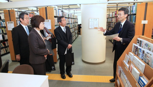 筑波技術大学視察:春日キャンパスの図書館