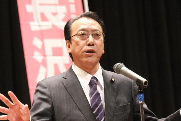 国政報告を行う長沢ひろあき参議院議員