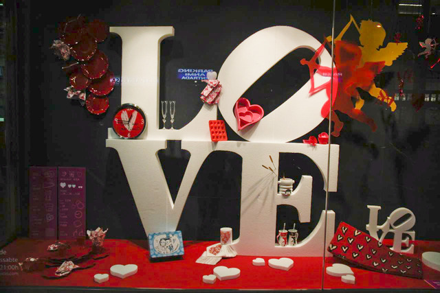 como-decorar-mi-negocio-en-san-valentin