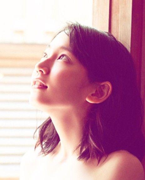 【悲報】吉岡里帆さん、人気がなくなった理由...