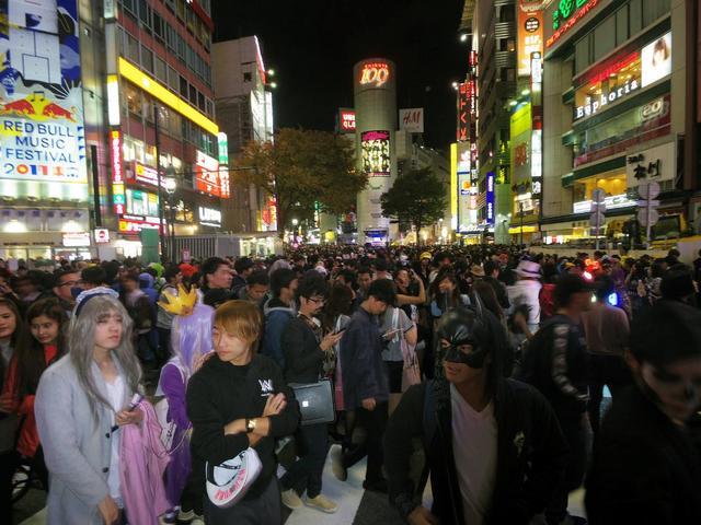【ハロウィン】渋谷区長が緊急コメント ハロウィン騒ぎ「大変憤りを感じている。到底許せるものではない。看過できない状況」
