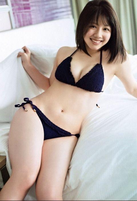 【日向坂46】渡邉美穂(19)、1st写真集が2度目の重版決定!6kgの減量に成功、初の水着カット