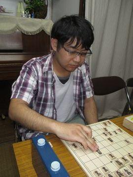 �12度目の優勝を全勝で飾った前野享太二段(50)