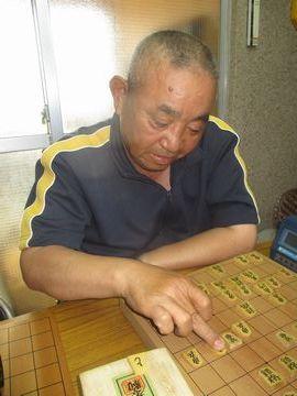 �初優勝した安藤敏春1級(50)
