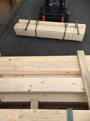 前田木材 積み込み