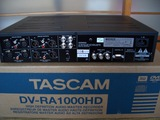 TASCAM_DV-RA1000HD_R