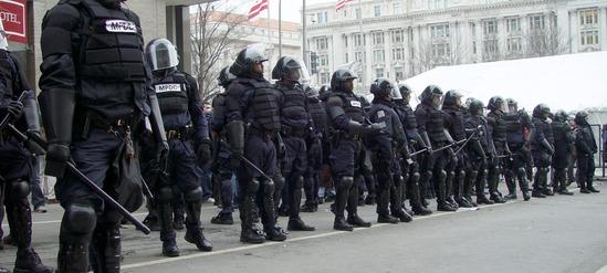 January_20_riot_cops_D.C.-2000x900
